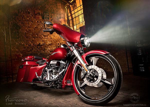 Harley Davidson Street Glide 2012. Baggger Dream 1 | Bagger Custom Club, Zbyšek Hazmuka. Photo by ArtMoto © 2018
